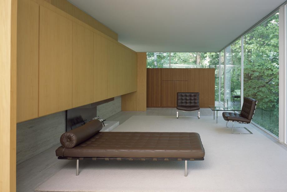Barcelona'yı Bir Sandalye, İskemle Ve Sedir İle Hafızaya Kazıyabilen Mimar: Mies Van Der Rohe