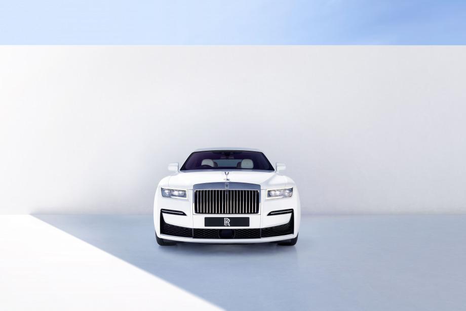Yeni Nesil Ghost ile Rolls Royce Ne Hedefledi?