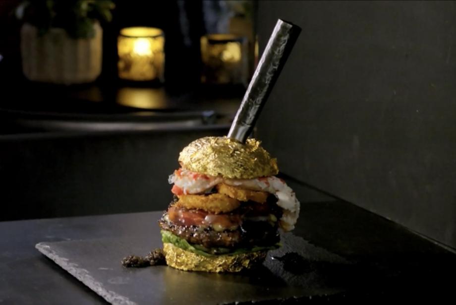 Dünyanın En Pahalı Hamburgeri: The Golden Boy (5000 €)