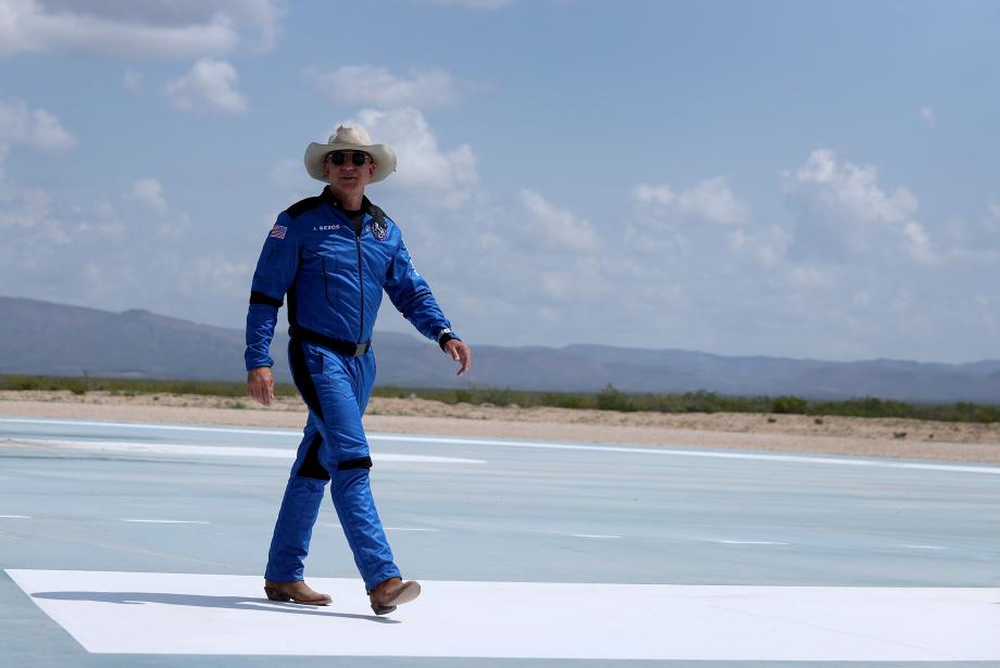 Jeff Bezos: Gerçek Bir Uzay Kovboyu