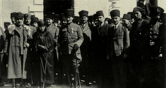 Latife Hanım: Atatürk'le iki buçuk yıl