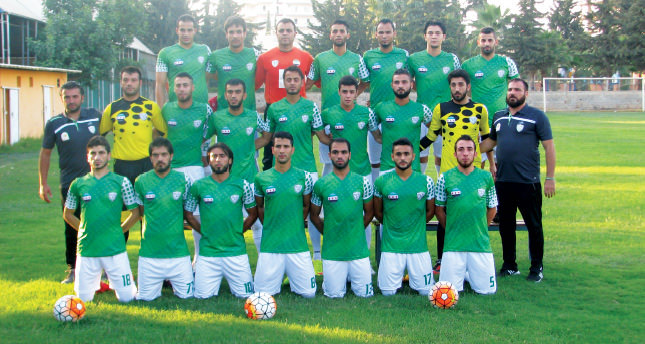 Esad'a karşı olan savaşımızı futbolla veriyoruz