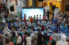 Adeland Renk Şenliği Forum İstanbul