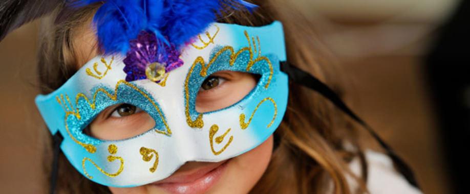 Maske Tasarım Atölyesi – Alice Sanat Atölyeleri