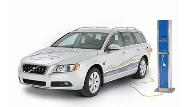 Elektrikli Volvo'ya az kaldı