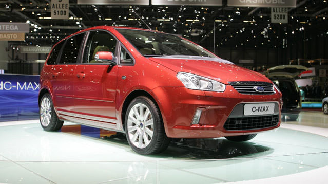 Ford C-Max'te benzinli seçenek