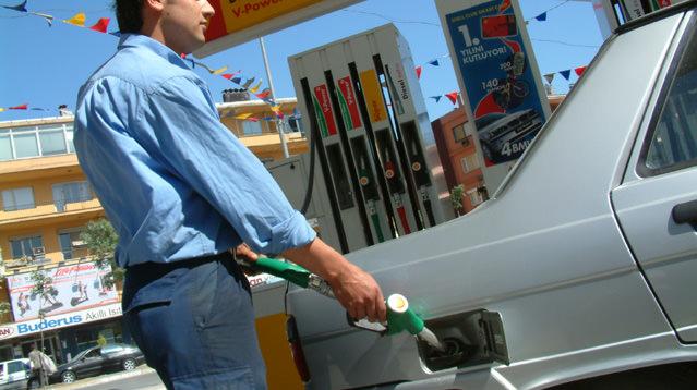 Benzin zamları bezdirdi