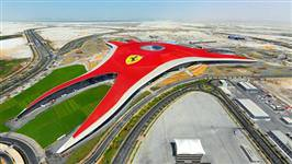 Dünyanın ilk Ferrari temalı parkı açıldı
