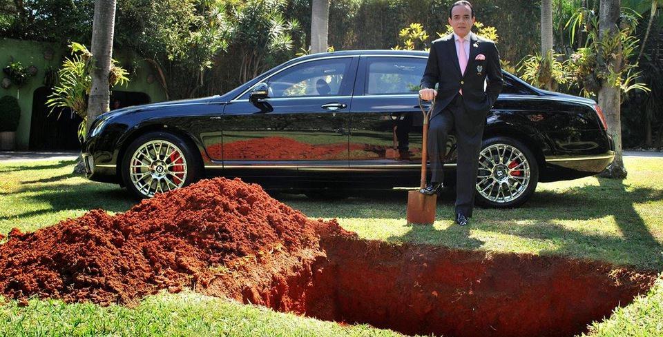 Bentley�ini G�mmeyi Planlayan Adam�n Ger�ek Niyeti