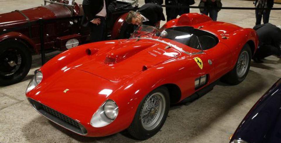 En Pahal� �kinci Ferrari!