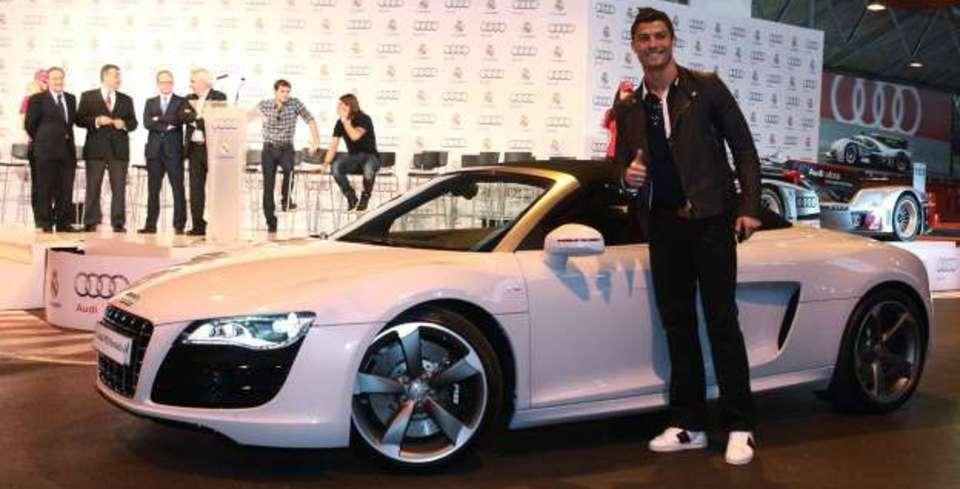 Cristiano Ronaldo�nun Muhte�em Otomobil Koleksiyonu