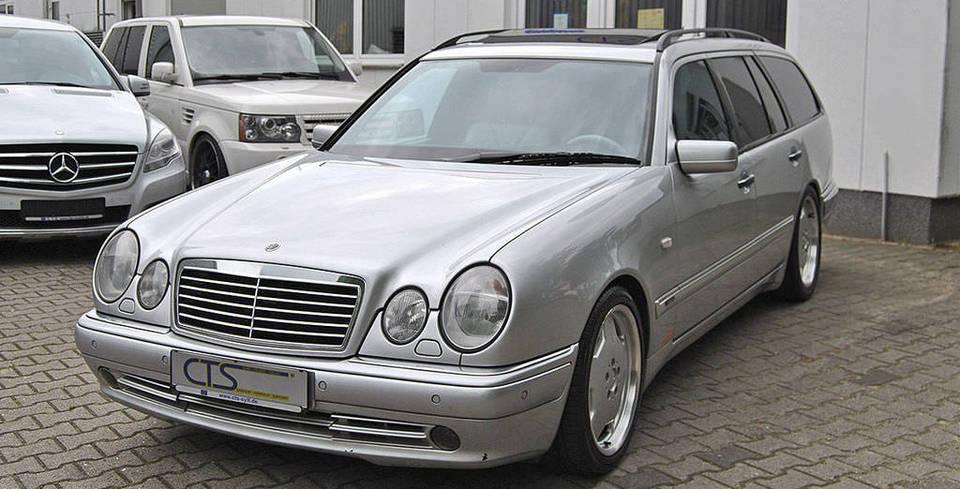 Schumacher�in Ki�isel Otomobili Sat��ta