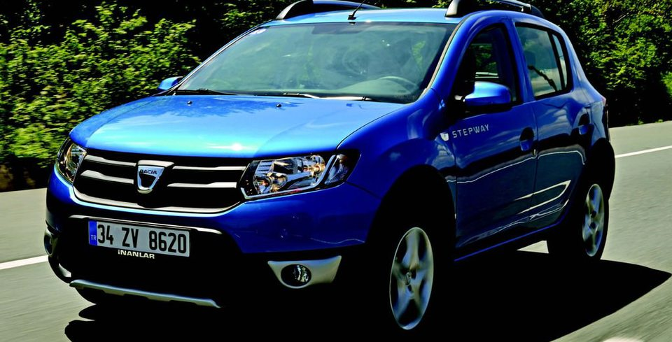 S�R�� �ZLEN�M� � Dacia Sandero Stepway 0.9 T Easy-R