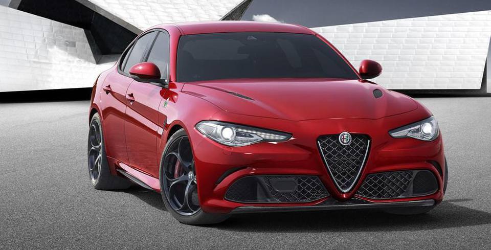 Alfa Romeo Giulia Kendini G�sterdi