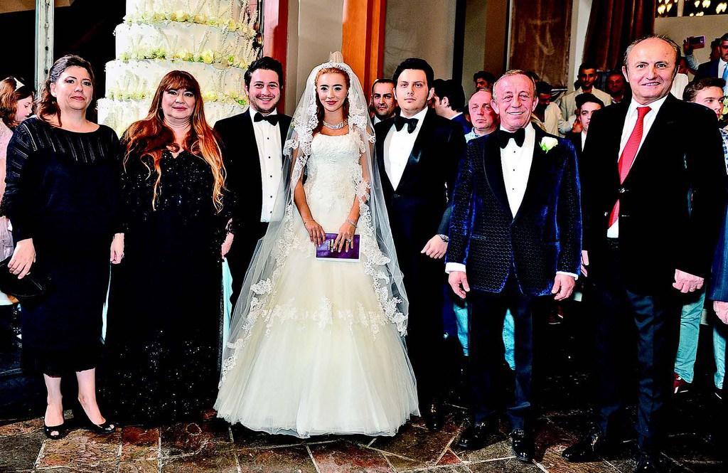 'Ağa'dan kızına Uludağ'da ikinci düğün
