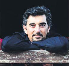 Ali İhsan Varol (Bloomberg Kelime Oyunu Sunucusu)