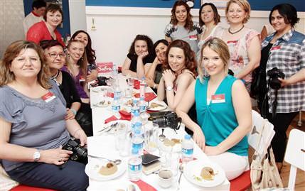 Zamane Kahvesi'nde blog yazarlarıyla brunch