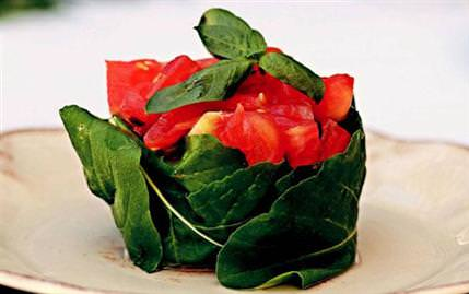 Ada Salatası