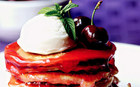 Sabah kahvaltınızı şölene çevirecek 8 leziz pankek