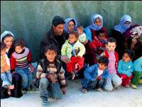 14 ki�ilik aile sokakta kald�