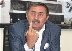 AK Partili 10 ilçe te�kilat� istifa etti