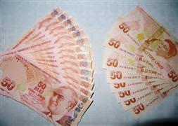 Vatanda��n 5 bin 500 liras� gitti
