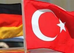 Almanya'dan Türkler için tarihi karar