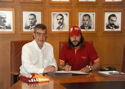 Galatasaray'dan çok Barcelona sevindi