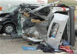 K�r�ehir'de trafik kazas�: 2 ölü, 3 yaral�