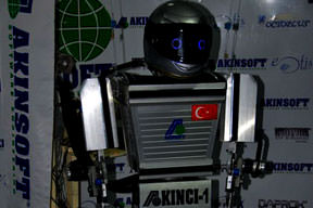 Yerli robot görücüye ç�kt�