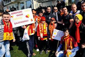 Galatasaray'�n akl� Fenerbahçe'de