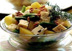 Otlu Peynirli Patates Salatas� Tarifi