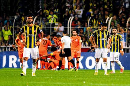 Kad�köy inledi Aykut istifa