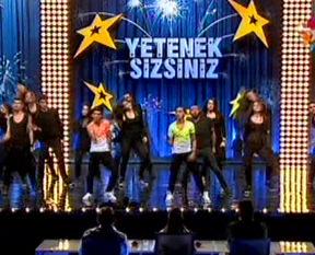 Yetenek Sizsiniz Türkiye'de muhte�em dans �ov
