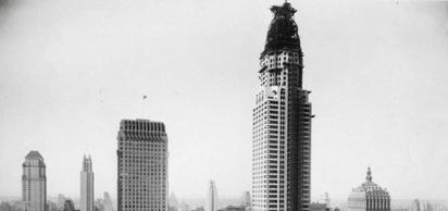 New York'un önemli sembollerinden birisi olan Chrysler Binası resmen açıldı.