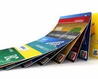 Bankalar 'aidats�z kart' için harekete geçti