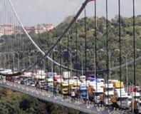 Köprüde büyük risk olu�tu