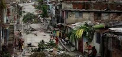1935 - Haiti'de kas�rga; 2.000 den fazla ki�i öldü.