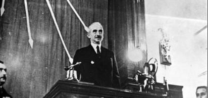 1937 - Ba�bakan �smet �nönü istifa etti. Ayn� gün Celâl Bayar'�n kurdu�u hükümet aç�kland�.