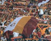 G.Saray - Anderlecht maç� Twitter'� sallad�!