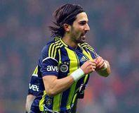 Fenerbahçe'de ayr�l�k iddialar�!