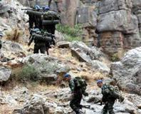 Bitlis'te terör örgütüyle çat��ma!