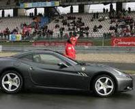 �stanbul'da Ferrari rüzgar� esecek