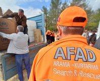AFAD ekipleri yard�m için köy köy geziyor