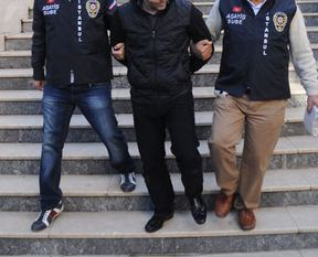 Eski İstihbarat Müdürü gözaltına alındı