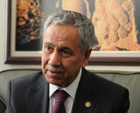 'Öcalan'a sekreterya' iddialar�na cevap