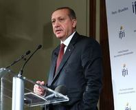 Erdo�an: Amerika'n�n bütün silahlar� I��D'in eline geçti