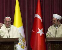 """""""Müslümanl��a sayg�s�zl�k ediliyor"""""""