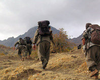 10 PKK'l� daha teslim oldu