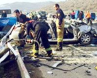 �zmir'de feci kaza: 6 ölü
